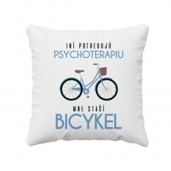 Iní potrebujú psychoterapiu, mne stačí bicykel - vankúš s potlačou